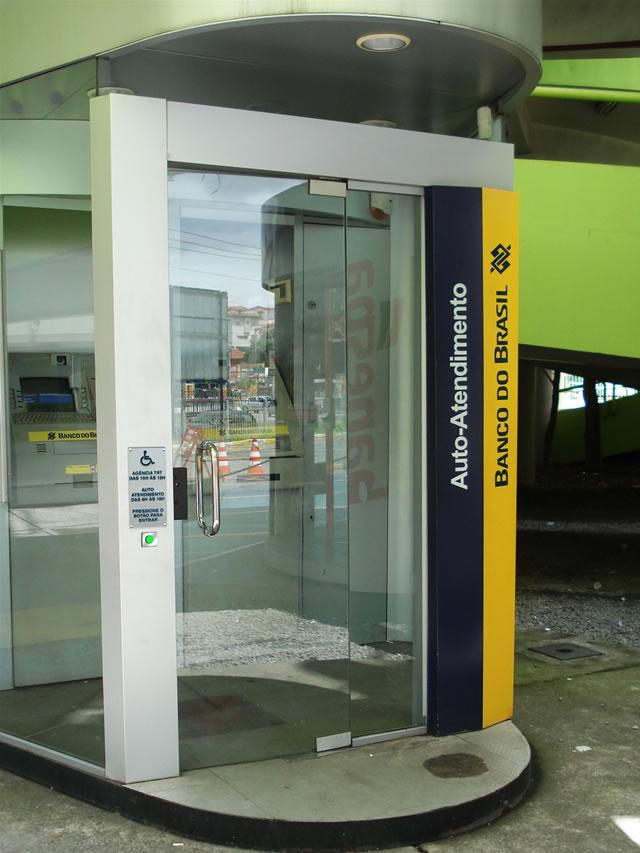 Banco Do Brasil Arco Sinaliza O Com Acessibilidade
